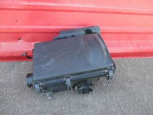 2008 Toyota Prius AIR CLEANER ASSY 2005 2006 2007 2008 2009