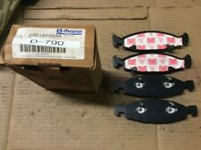 New Factory OEM Mopar Disc Brake Pad Pads Front 05018592AA