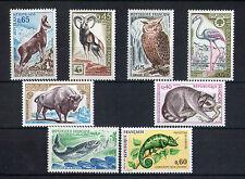 France 8 timbres non oblitérés gomme**  24 Animaux