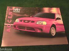 """MINT ORIGINAL 2001 HYUNDAI ACCENT SALES BROCHURE 12"""" X 9"""" W/ COLOR (BOX 379)"""