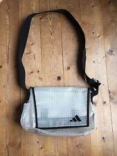 adidas Damentaschen mit einem Träger aus Synthetik