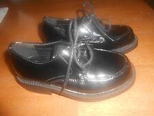 Boys George black shiny dress shoes size 9, EUC, laces, Yale