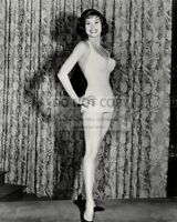 "MARY TYLER MOORE IN EPISODE OF ""JOHNNY STACCATO"" - 8X10 PUBLICITY PHOTO (ZZ-305)"