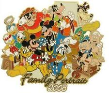 Disney Auctions Family Portrait LE 100 Mickey and Friends Pin