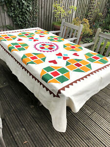 HANDMADE - APPLIQUÉ TABLECLOTH - SIZE 147 cms X 216 cms / 58 in X 85 in