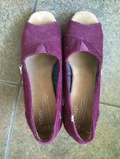 Toms Wedge Size 6 Good Condition