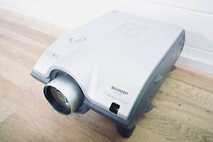Sharp XG-P25X XGA Home Theatre Projector (church owned) CG00B7J