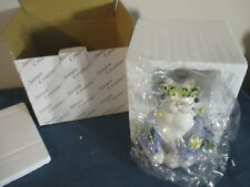 Whimsiclay Sitting Cat Figurine - Butterfly Eyes #21026 -2002 Annaco Creations