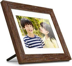 "Aluratek 8"" Distressed Wood Digital Photo Frame with Auto Slideshow, 1024 x 768"