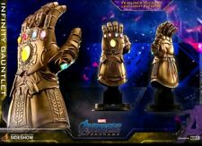Hot Toys Marvel Avengers: Infinity War Infinity Gauntlet Light-Up Replica