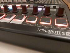 Arturia MiniBrute 2S  Synthesizer Analog