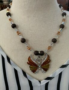 Beautiful Necklace with Enamel Butterfly made with Swarovski Crystals