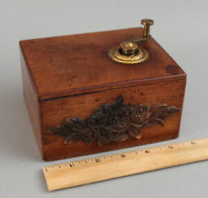 Small Antique French Victorian Wood Hand Crank 4 Song Music Box, Working NR!