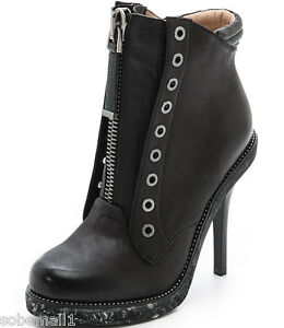 L.A.M.B. Dayton Black Leather Zip Ankle Bootie Size 7