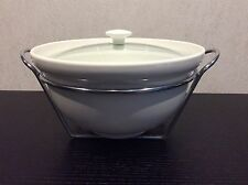 LARGE 4 LITRE CASSEROLE DISH WITH STAND by MAXWELL WILLIAMS/BNIB