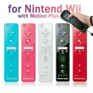Remote Controller and Nunchuck Built in Motion Plus+Case For Nintendo Wii/ Wii U