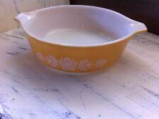 Pyrex Retro Vintage Butterfly Gold Casserole Dish White Flower Design471-B 500ml