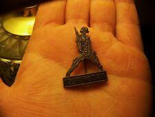 NEW NOS Vintage 1986 IRON MAIDEN SOMEWHERE IN TIME Eddie Metal Pin Badge Button