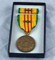 Vietnam Service Medal & 3 Bronze Stars Box Dated 1969