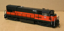 Atlas Silver 10 001 158 Ho Milw U30B (low Nose) Dcc ready with Nmra 8 pin plug
