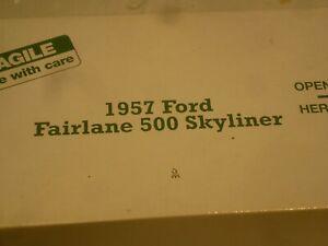 Danbury mint 1957 Ford Fairlane 500 Skyliner retractable,  Boxed, ( NMB )