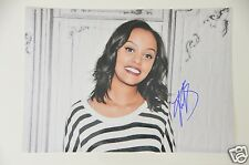 Ruth B (Canadian singer) signed 20x30cm Foto , Autogramm / Autograph in Person .