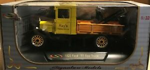"Signature Models 1925 Ford Model TT Pickup ""Ray's Towing Service"" 1/32 Diecast"