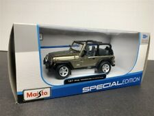 JEEP WRANGER RUBICON 1/27 DIE CAST MODEL GOLD BY MAISTO