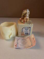 Cherished Teddies - Dorothy - 128023 - Love Me True - Straw Hat White Flowers