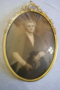 """Antique Vintage Tin & Brass Metal Convex Bubble Glass Frame Woman in Lace 20.25"""""""
