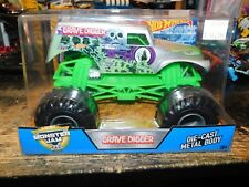 Hot Wheels Die-Cast Truck in 1:24 Scale Monster Jam Grave Digger SILVER