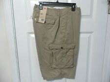 "BRAND NEW MEN'S LEVI'S CARGO I SHORTS TAN SIZE 40"" BELOW THE KNEES RELAXED FIT"