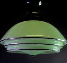 tolle ART DECO Deckenlampe MITHRAS - grünes Glas mit schwarzer Fassung