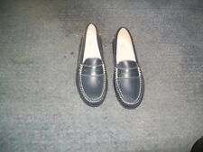 Womens Size 37 Navy  Patent Leather Shoe