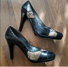 Stuart Weitzman Black Tan Snakeskin Heels . Women's 7.5 Barely Worn Shoes