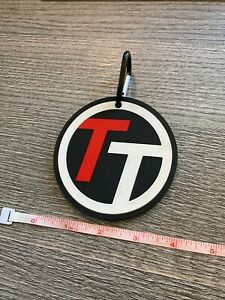 Team Titleist Bag Tag - Rubber Tour Version - Mint Condition w/ Carabiner