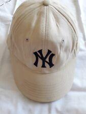 casquette de baseball, modèle classique New Era, beige.