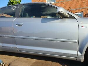 2010 AUDI A3 8P 3 DOOR HATCH OS OFF DRIVERS RIGHT DOOR COMPLETE SILVER LX7V
