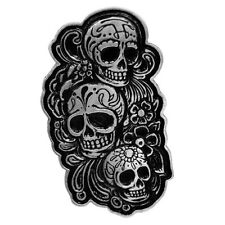 Pin's Biker épinglette Trio tête de mort Sugar Mexicaine Skull Lady Rider moto