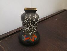 VINTAGE W&R CARLTON WARE SHAPED BLACK VASE  LUCKY WHITE HEATHER FROM CROWBOR