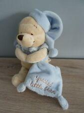 o6- DOUDOU PELUCHE WINNIE BLEU DISNEY STORE MOUCHOIR special little bear 23cms