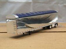 1/64 Dcp Custom chrome/blue simulated walking floor trailer new no box