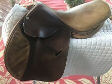 "17"" Medium Tree Butet Saumur English Saddle w/Cover"