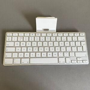 Apple Ipad Wireless Keyboard A1359 White Compact Home Desktop Computing 233006