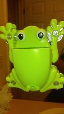 Charming Cute Cartoon frog Sucker Suction Hook Tooth Brush Holder For Kids