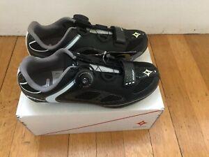NOS Specialized Women's Ember Road Shoes Black w/White BOA 2/3 Bolt 36EU; 6US