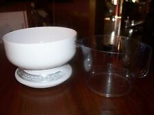 KITCHEN SCALES MEASURING BOWL & MEASURING PITCHER
