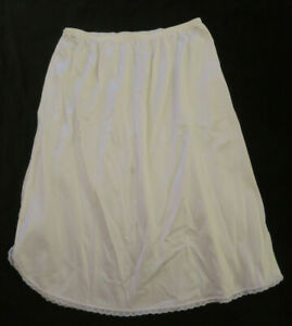 "Vassarette  19"" Long White Half Slip Womens S"