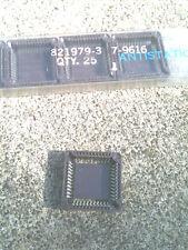 PLCC44 IC Socket SMT AMP 821979-3 Lot of 25 full tube NEW