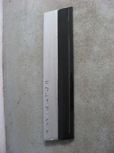 2007-2014 Lincoln Navigator Front Left Hand Door Panel Trim Molding